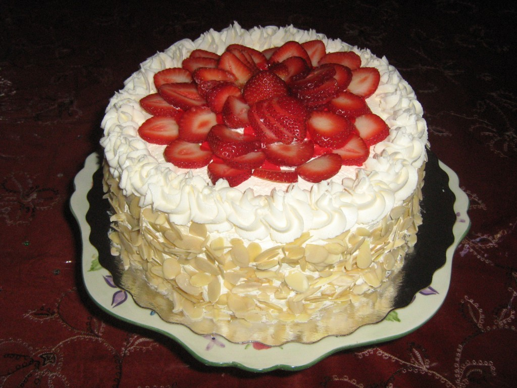 Strawberry Vanilla Cake | Mom! What's for dinner?
