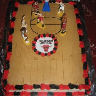 Chicago Bulls court cake