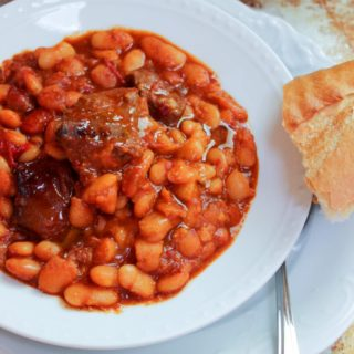 Baked Beans with Lamb Fasule me Mish