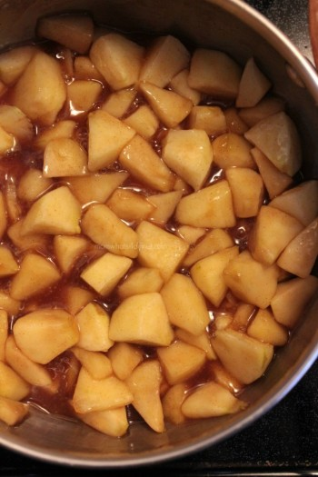 Cooking chopped apples