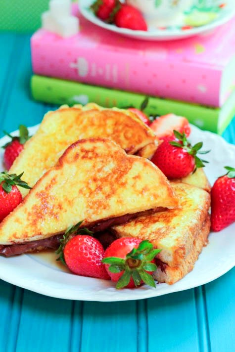 French-Toast-with-Nutella-Sandwich