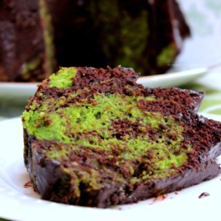 Spinach and Chocolate Cake