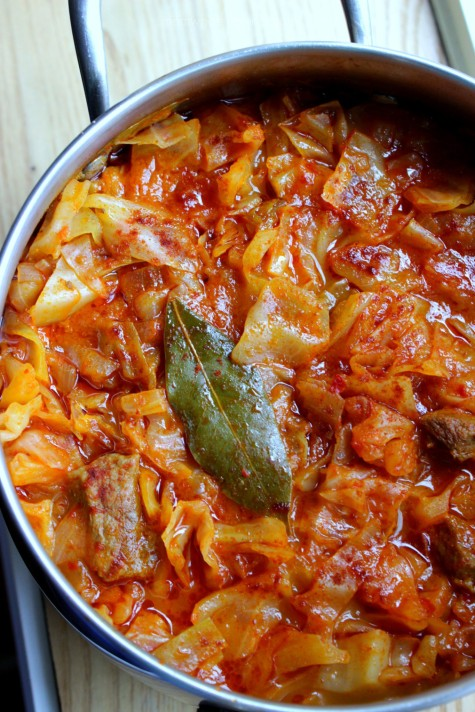 Grandma s albanian cabbage stew mish me lakra when for Albanian cuisine